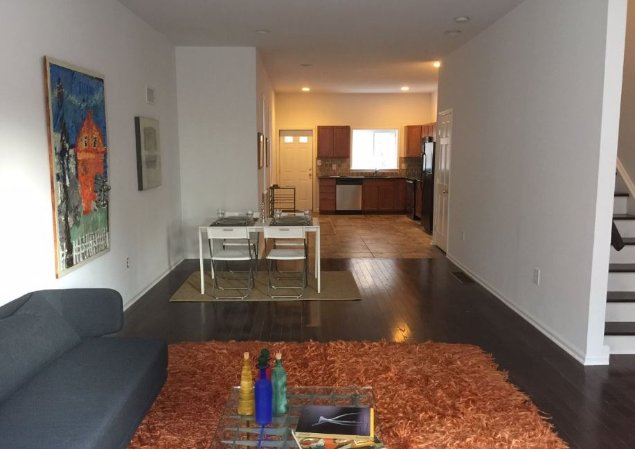 Just sold 913 s 18th st philadelphia pa 19146 for 18th floor on 100 floors