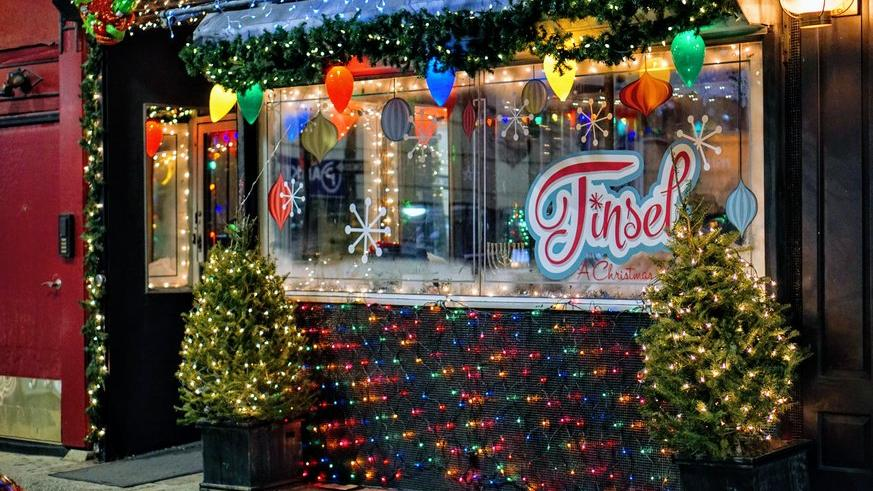 Christmas Pop-Up Bar Offers Food, Drink, And Good Cheer